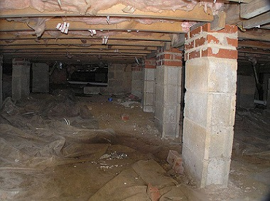 Crawlspace repair in kansas city pro foundation for Concrete crawl space floor